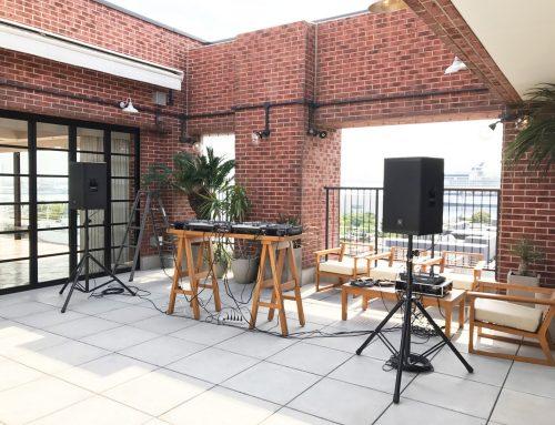 横浜市にあるベイサイド迎賓館ベランダにDJ機材とPA機材レンタルをさせていただきました。